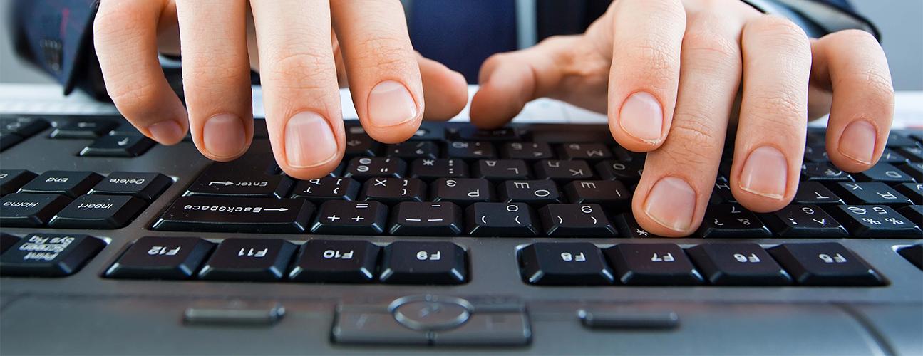 hands-keyboard-original.png